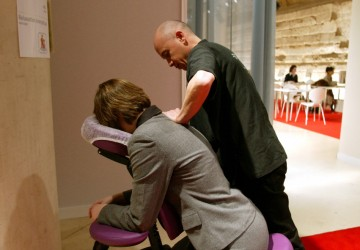 On a testé le massage au Bureau